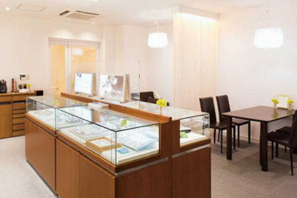 ブライダルサロンtowageのプライベートな空間- 岡田時計店|香川県丸亀市の時計・ジュエリー・結婚指輪・婚約指輪・ジュエリーリフォーム